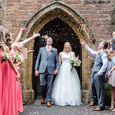 Wedding photographer Louise May (louisemayphoto). Photo of 12.07.2018