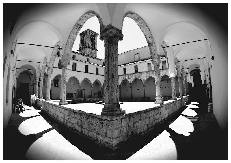 Nella pace del chiostro di Francesco Abate
