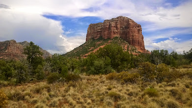 Photo: August 13-In the largest detour of the trip, I headed due south out of Flagstaff towards Phoenix to visit my cousins in Tempe, AZ.  Along the way, I saw the beautiful red rocks of Sedona.