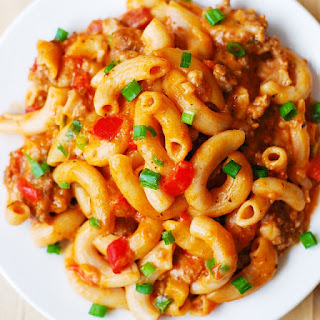 One-Skillet Mac and Cheese with Sausage and Bell Peppers.
