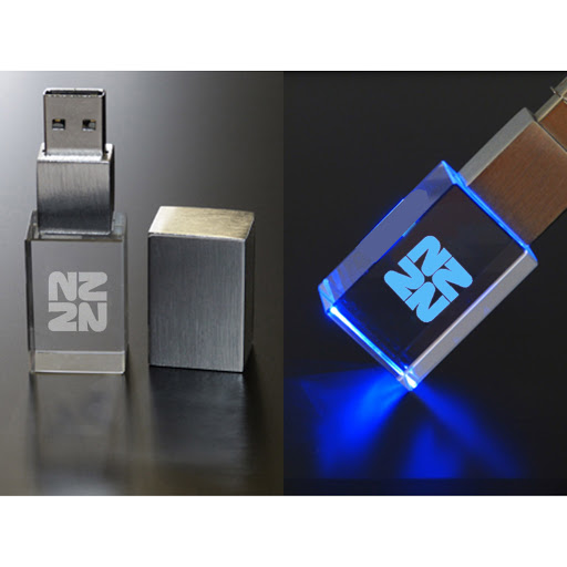 usb sticks laser engraved crystal with led lights. Black Bedroom Furniture Sets. Home Design Ideas