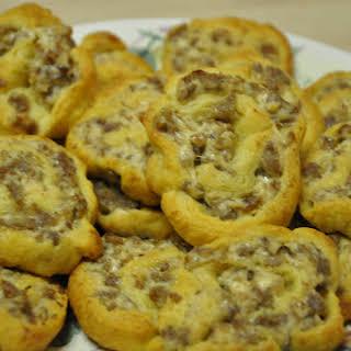 Cream Cheese Sausage Pinwheels!.