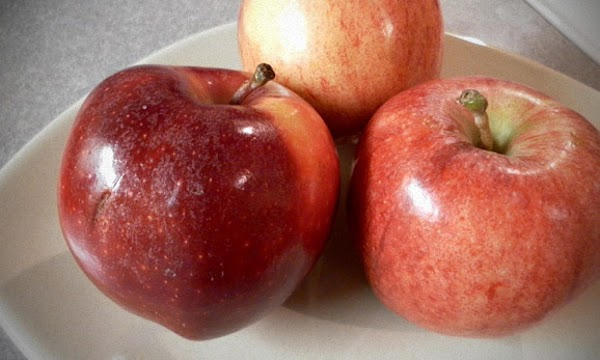 Gala - eat fresh, use in cooking Good ones are crisp, juicy, sweet and mild...