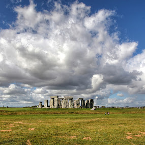 Stonehenge by Russ Quinlan - Landscapes Travel ( clouds, salisbury, england, stonehenge, standing stones, salisbury plains, standing stone )