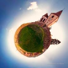 Photo: MiniPlanète - Eglise de Hunhawhir