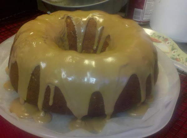 Use 1/2 a container of your favorite frosting; microwave until it's pourable. Drizzle it...