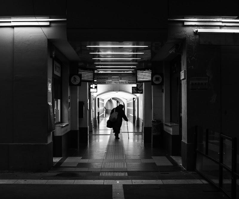 Verso il treno di Massimo Viacava