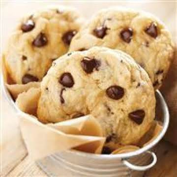 Super Easy Chocolate Chip Cookies