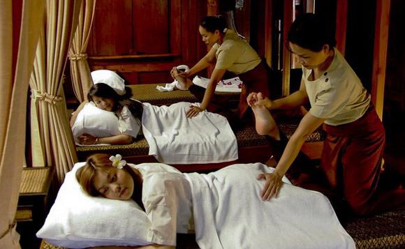 Thai Massage Pijat Tubuh Tanpa Minyak Ala Thailand