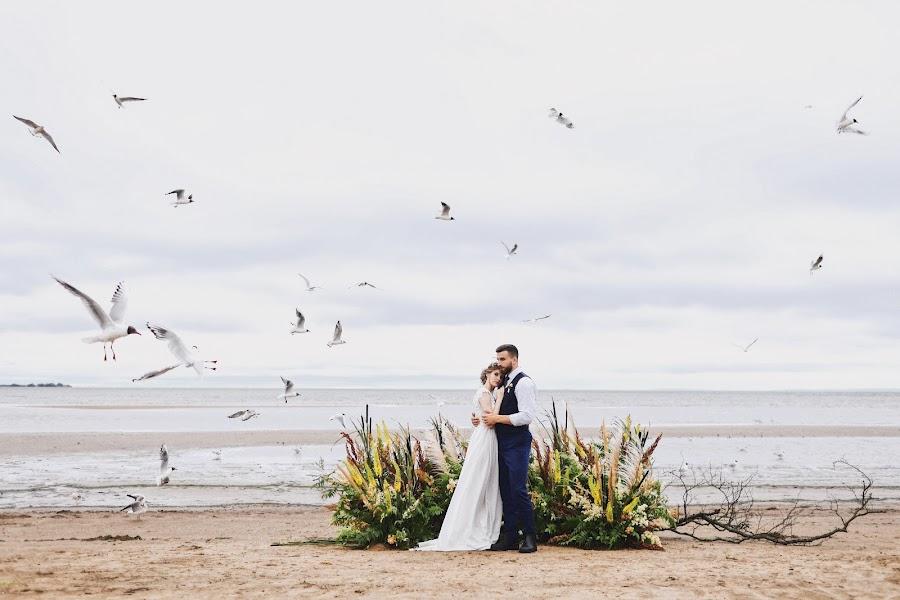 Wedding photographer Slava Semenov (ctapocta). Photo of 10.07.2019