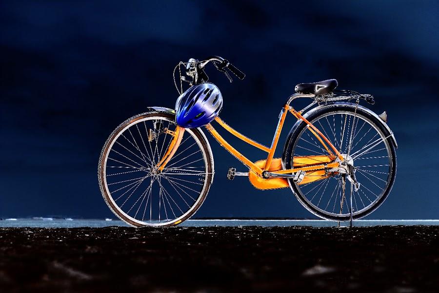 Solarized Bike by Glory Reaglobe - Transportation Bicycles