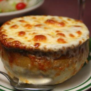 Le Cafe Ile St. Louis Onion Soup Gratinee.