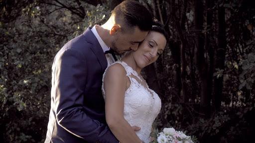 Labtec Prod | Vidéaste mariage | photo de couple intime