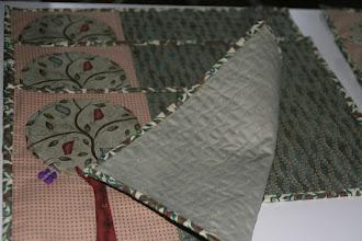 "Photo: стежка сделана по ""стебелькам"", нарисованным на ткани"