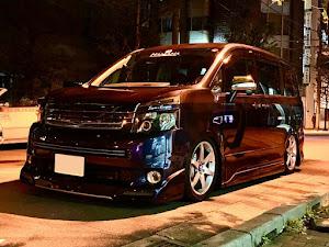 ヴォクシー ZRR70W ZS煌Ⅱ改のカスタム事例画像 tatchan!さんの2019年12月06日01:43の投稿