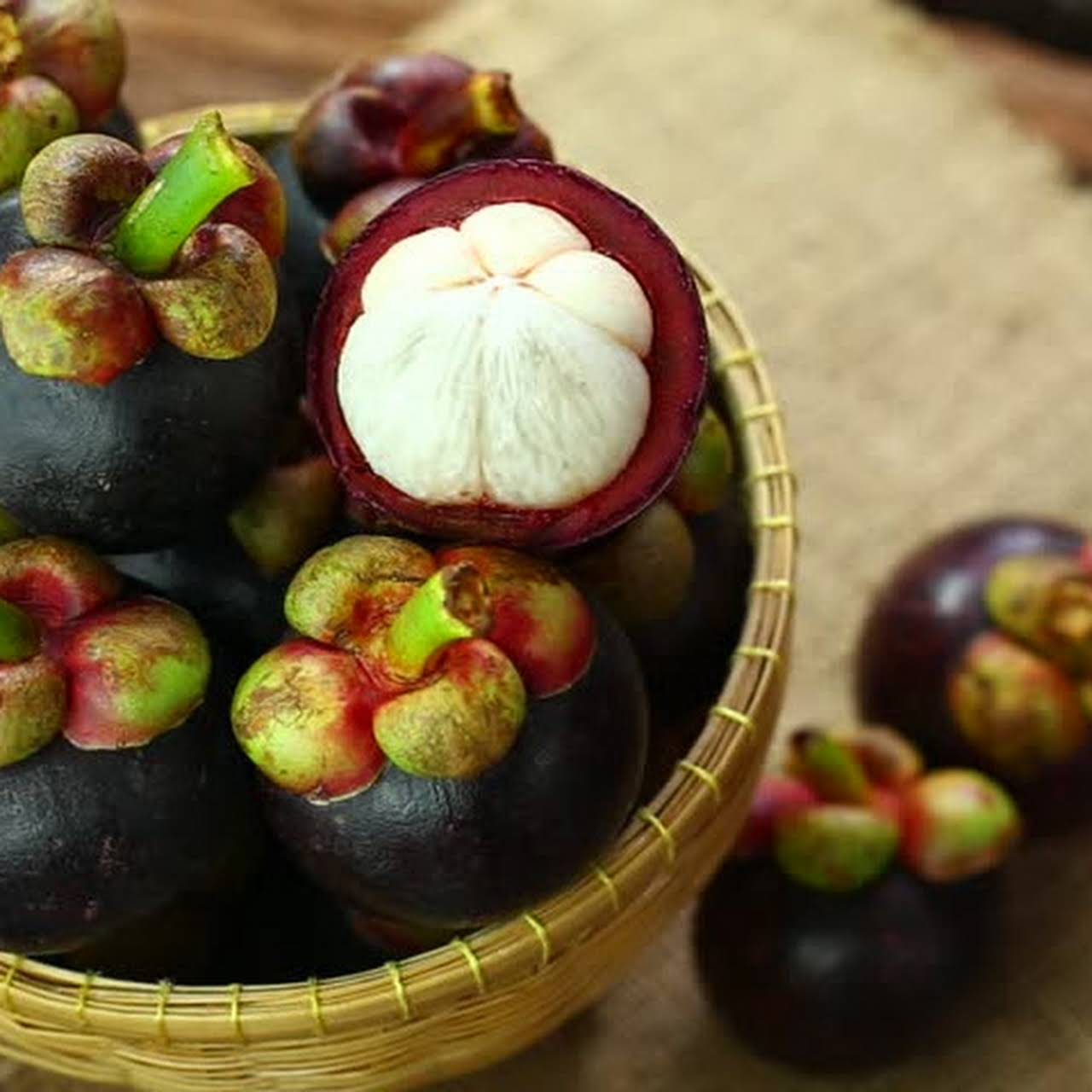 Thanima fruits and spices - Organic fruits and spices from