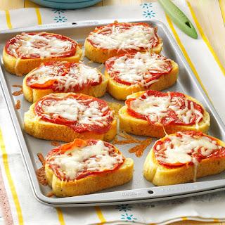Garlic Toast Pizzas.
