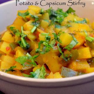 Aloo aur Capsicum ki sabzi (Potato capsicum gravy)