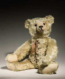 boneka beruang termahal dengan botol air panas