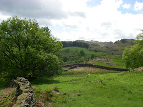 Photo: Knobbly bits near Elterwater in the sun. Sun! I was sweating.