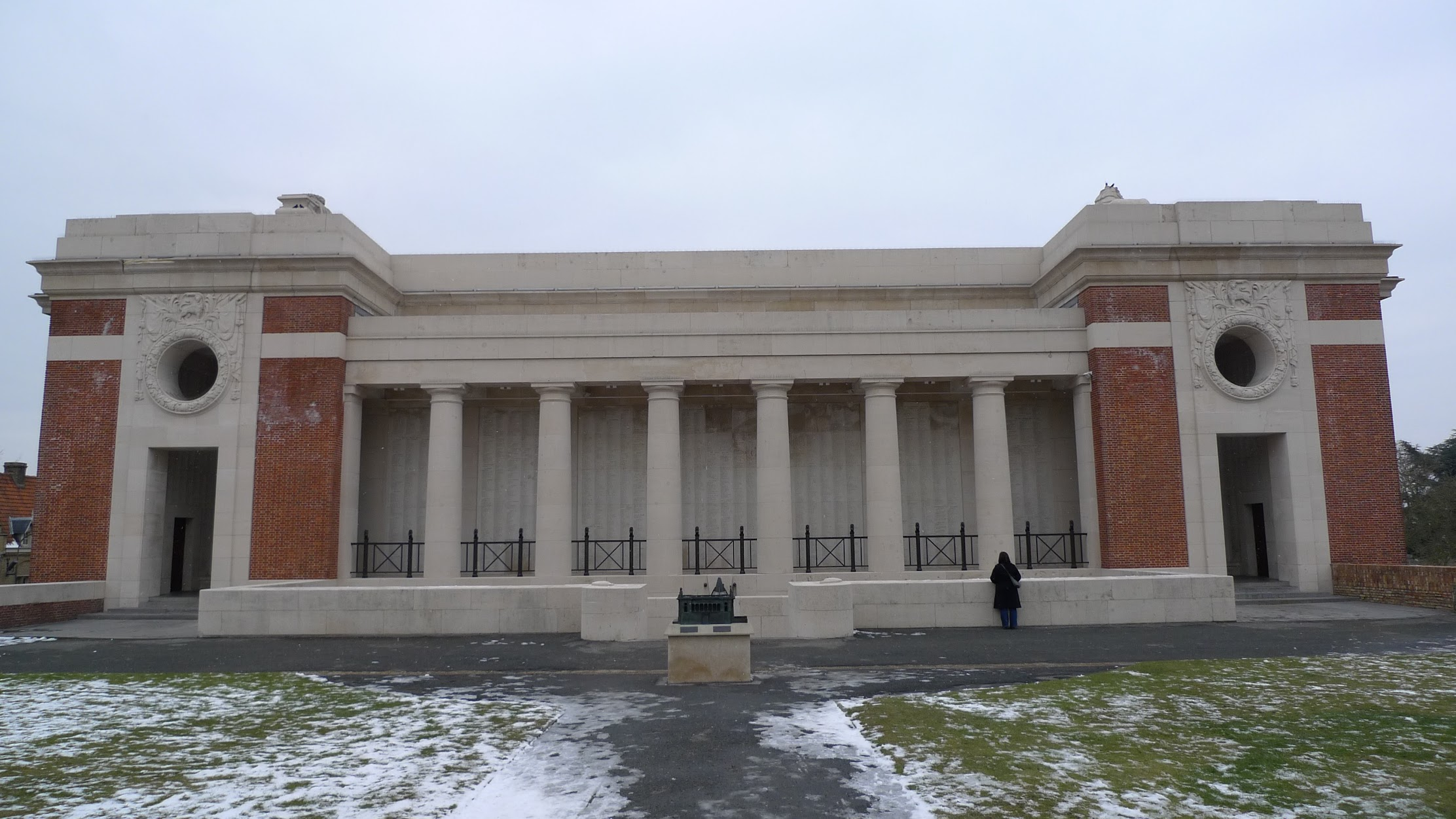 The Menin Gate in Ypres 2010