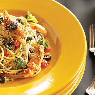 Mediterranean Chicken Spaghetti.