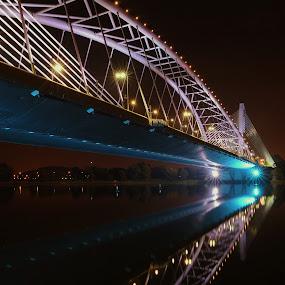 by Yann Estrada - Buildings & Architecture Bridges & Suspended Structures