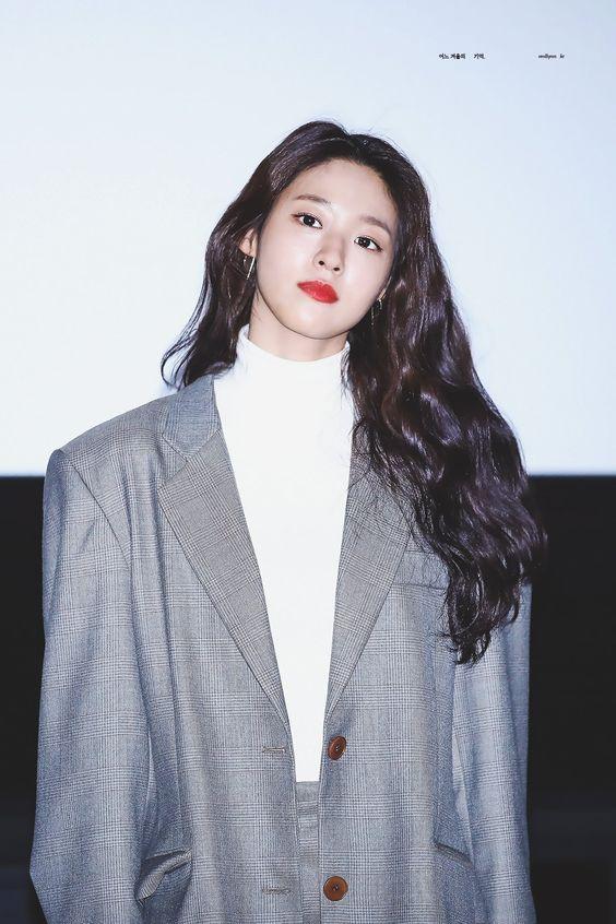 seolhyun casual 53
