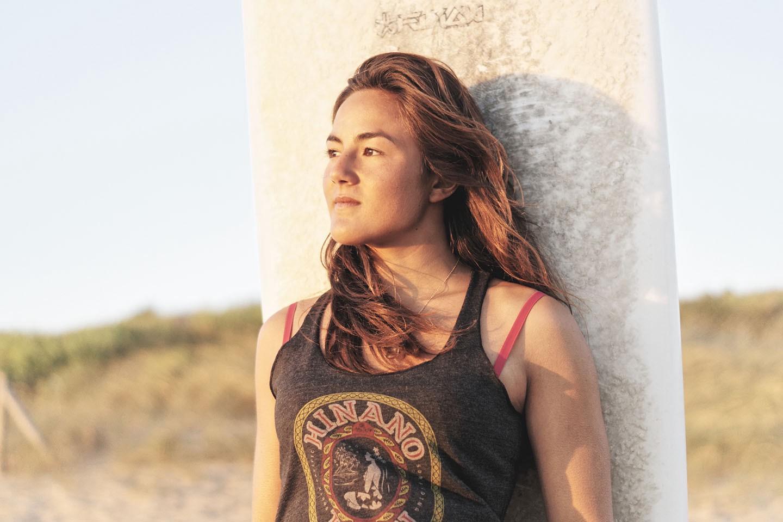 Poeti Norac, Campeona de Surf muere a los 24