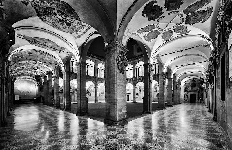 Il palazzo dell'Archiginnasio, Bologna di CarloBassi