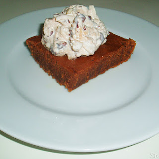 Gingerbread Deluxe with Apple Nut Whip