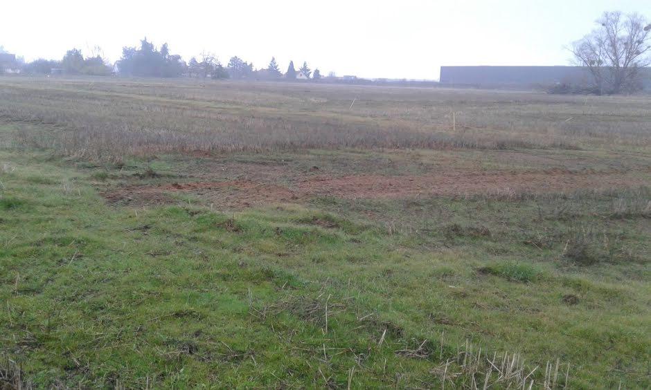 Vente terrain à batir  615 m² à Avermes (03000), 39 284 €