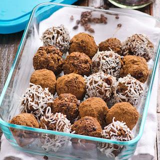 Cacao Nibs Brownie Bites