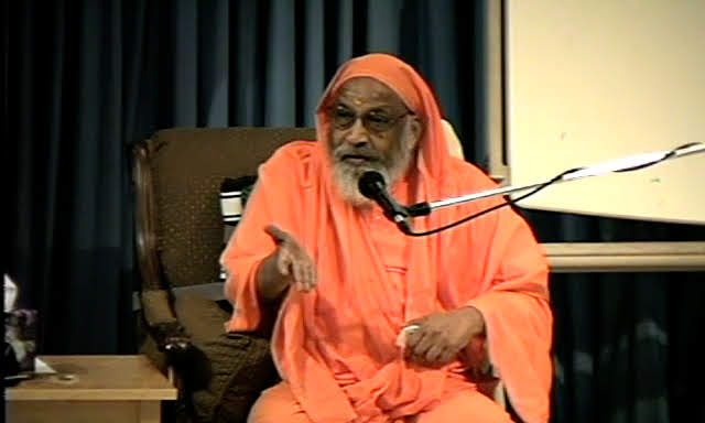 Video Course ~ Essence of All Upanisads ~ Swami Dayananda