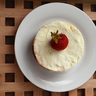 Snow White cake with apricots (Dukan) / Alba ca zapada cu caise (Dukan)