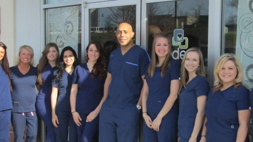 Modern Family Dental Care - Davis Lake reviews | Cosmetic Dentists at 8505 Davis Lake Parkway, - Charlotte NC