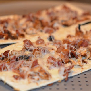Chicken & Bacon Flatout Flatbread Pizza Recipe #FlatoutGood