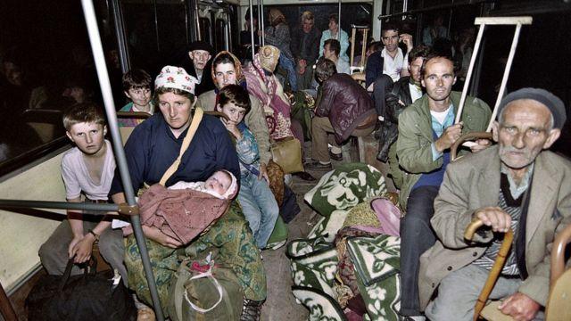 Эвакуация беженцев из Жепы