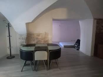 Maison 2 pièces 83 m2