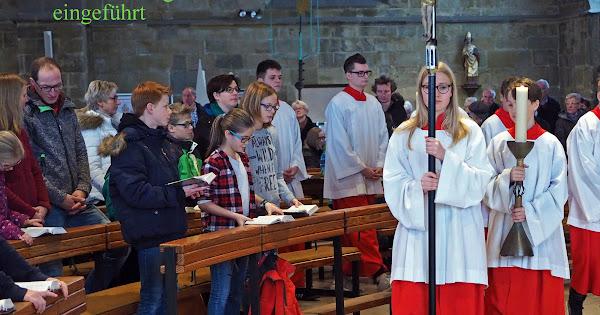 10 neue Messdiener in St. Matthäus im Familiengottesdienst zum Thema \
