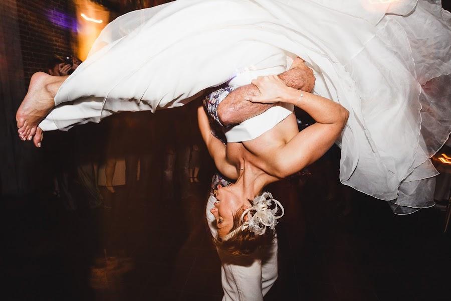 Wedding photographer Antoine Rassart (twane). Photo of 24.01.2014