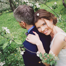 Wedding photographer Elena Zayceva (Zaychikovna). Photo of 01.07.2015