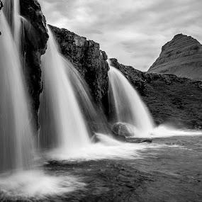 Kirkjufellfoss by Ruslan Stepanov - Black & White Landscapes ( iceland, mountain, black and white, waterfall, landscape, kirjufellfoss )