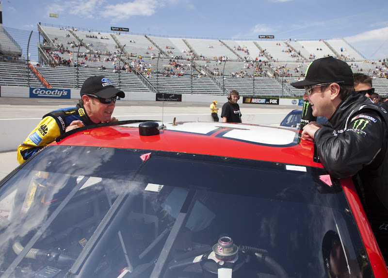 Photo: Martinsville, VA  - MAR 31, 2012:  Matt Kenseth (17) and Kurt Busch (51) get ready to qualify for the Goody's Fast Relief 500 race at the Martinsville Speedway in Martinsville, VA.