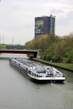 Photo: Schiffsparade (an der Slinky Springs to Fame Brücke in Oberhausen)