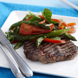 Steak with Vegetables and Pesto