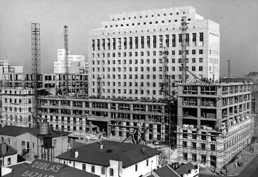 June 6 1951: New Anglo American building under construction in Joburg