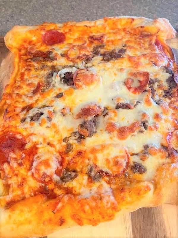 2 Cheese Stuffed Crust Hamburger Flatbread Pizza