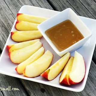 Clean Eating 'Caramel' Apple Dip Recipe