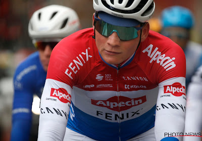 """Schade lijkt mee te vallen voor Mathieu van der Poel: """"Hoofdpijn en misselijkheid"""""""